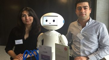 Social Robots: Programmable by Everyone