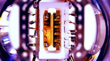 Researchers have Built the First Reprogrammable Quantum Computer